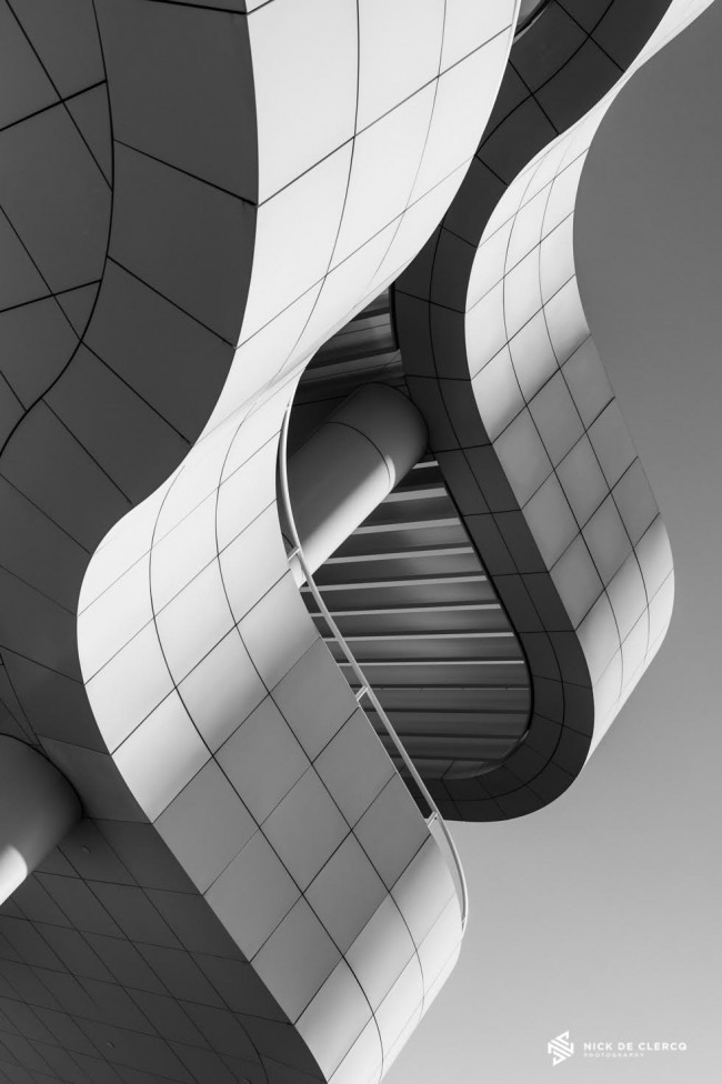 A black and white photo of the Getty Centre in Los Angeles, by Nick De Clercq